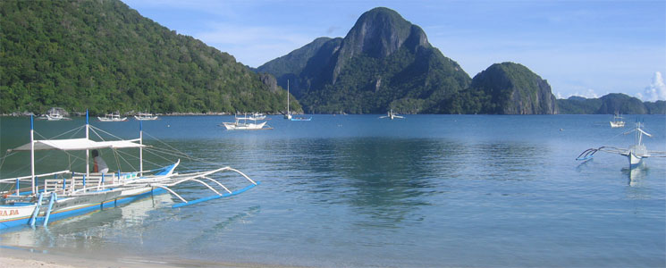 El Nido from the beach